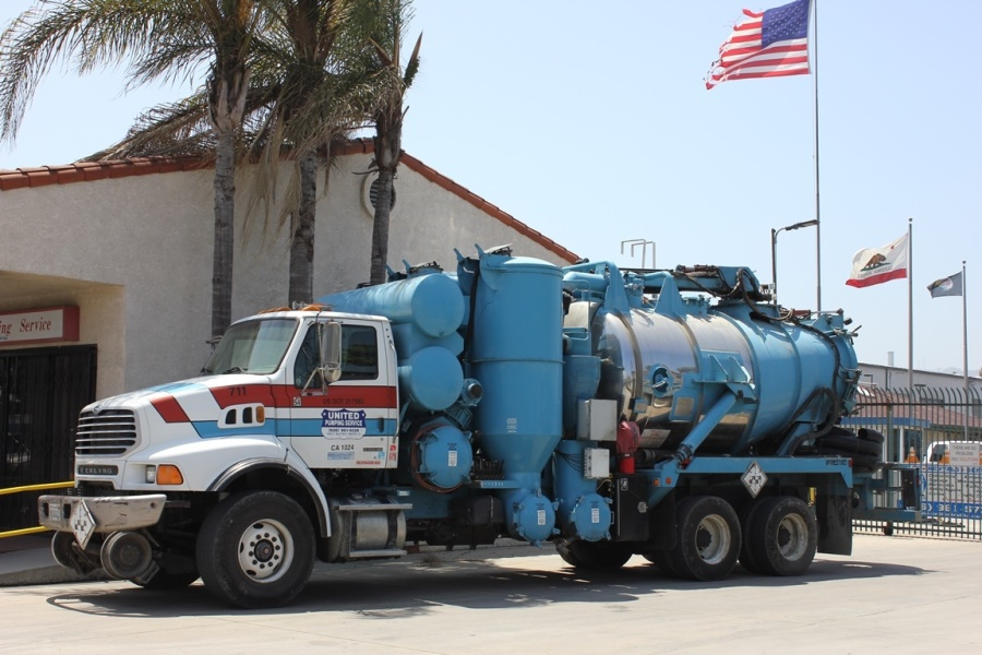 United Storm Water Heavy Industrial Presvac Vactor Truck